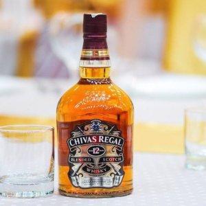 Whisky-mania: gli italiani si appassionano alle aste come investimento