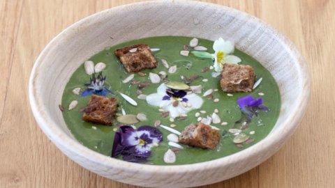 La ricetta dello Chef Michele Galliano: la zuppetta di erbe del risveglio di primavera