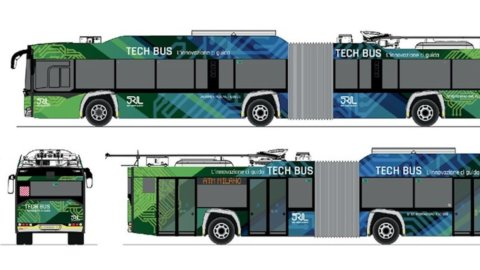 Milano: primo filobus a guida assistita, grazie al 5G