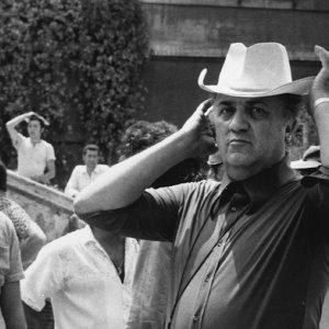 Fotografia: immagini di Fellini dietro le quinte al Brescia Photo Festival