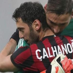 Il Milan perde le pedine migliori: via Donnarumma e Calhanoglu