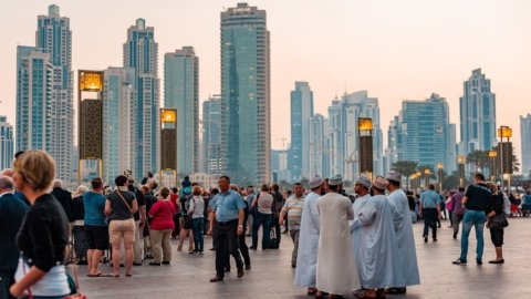 Cos'è la finanza islamica: regole e principi di un modello diverso