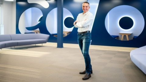 Eolo agli svizzeri: Partners Group compra il 75% del capitale