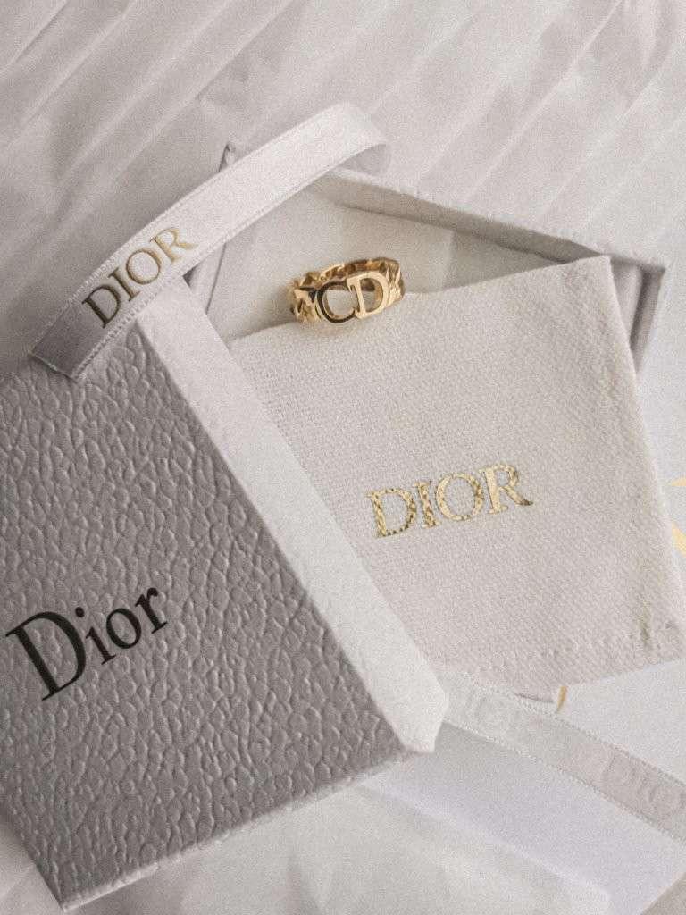 Anello di Christian Dior