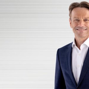Stellantis: Uwe Hochgeschurtz nuovo CEO di Opel