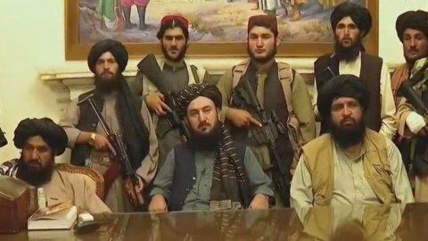 Afghanistan, svolta storica: i Talebani riconquistano Kabul