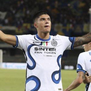 Inter, debutto da sogno di Correa: due gol che valgono la vittoria a Verona