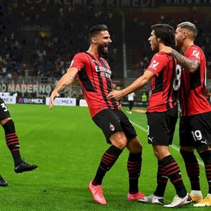 Milan e Roma fanno poker e il Napoli espugna Genova