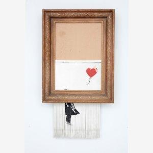 """Banksy: ancora scalpore per  """"Love is in the Bin"""""""