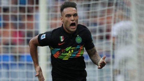 Inter, valanga di gol: strapazza il Bologna e sale in vetta