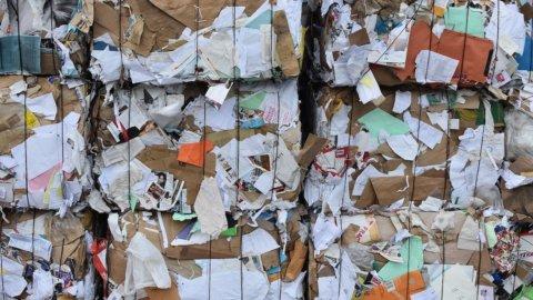 Carta riciclata: l'Italia centra il target Ue in anticipo di 15 anni