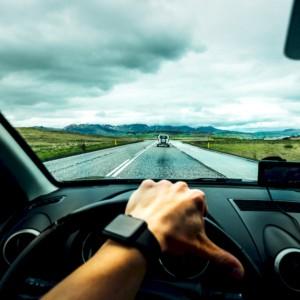 Chip, batterie e terre rare: quante sfide per l'auto che verrà