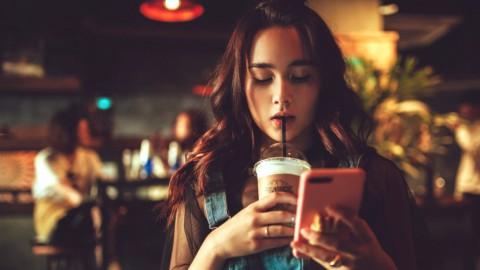 Il telefono ti spia: attenzione alle app che usano il microfono