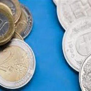 Franco svizzero ai massimi sull'euro per la Grecia