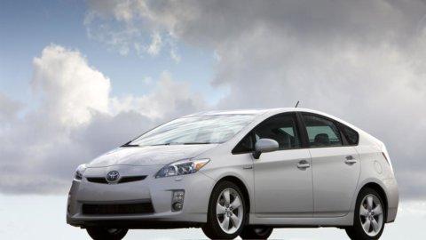 Toyota guarda con pessimismo al futuro: meno utili in vista a causa del terremoto
