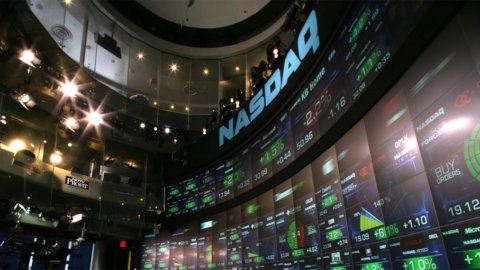 Wall Street, future in parità dopo dati deludenti