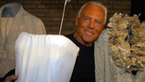 """Armani festeggia gli 80 anni con i ricavi in crescita oltre i 2,1 mld: """"Non mollo"""""""