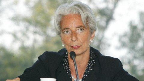 Fmi: Lagarde si candida, in pole position per la successione