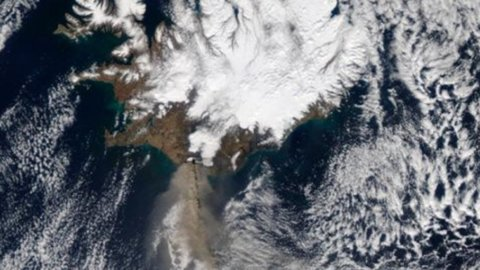 La nube islandese arriva in Germania