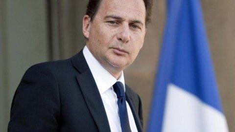 """La Francia va avanti con il nucleare: """"Non siamo un caso isolato"""""""