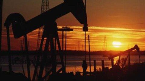 Petrolio, Up: in Italia consumi in calo del 6% a luglio