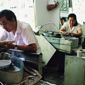 I settori manifatturieri di India e Cina danno segnali di rallentamento