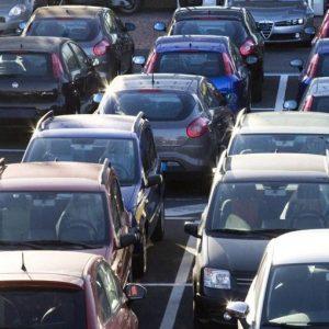 Auto: vendite in calo in Europa e Goldman zavorrano il comparto