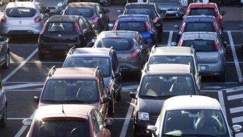 Auto, Moody's taglia previsioni di crescita