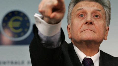 Trichet: un ministero delle Finanze Ue per la fase due della crisi