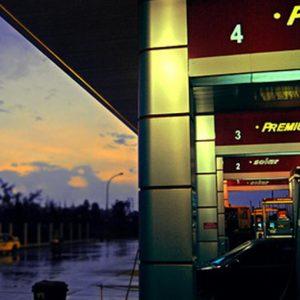 Carburanti: continua il ribasso, self service da record