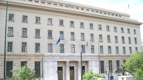 Grecia, Banca centrale: Pil 2012 -5%, contrazione oltre le attese