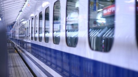 I treni giapponesi sanno schivare i terremoti. Un buon biglietto da visita sui mercati globali