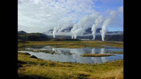 """La Chevron ha deciso di investire nei """"giacimenti di vapore"""" dell'Indonesia"""