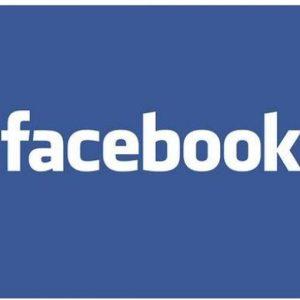 Class action contro Facebook: spierebbe i messaggi privati