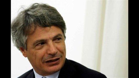 Borsa, scivolone di Montepaschi nel primo giorno dell'aumento di capitale (-5%)