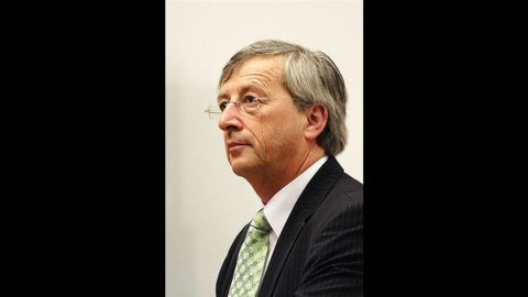 """Juncker: """"Italia non è a rischio contagio"""""""