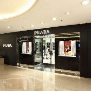 I fatturati della moda ormai si fanno in Asia. Radiografia del settore alla vigilia delle sfilate a