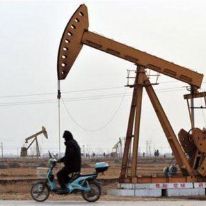 Petrolio: Aie, nel 2012 la domanda crescerà di 1,5 milioni di barili al giorno