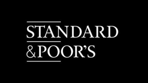 Standard & Poor's: i bassi tassi di crescita potrebbero vanificare i tagli decisi nella manovra