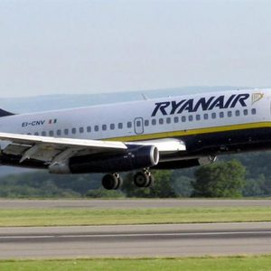 Ryanair sorpassa Alitalia: 23,3 milioni di passeggeri contro 21,9