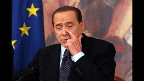 """Berlusconi medita il rilancio della salva-Fininvest in Parlamento e attacca Tremonti: """"Lo sapeva"""""""