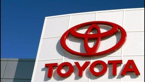 Lo yen forte colpisce l'export di Toyota in Nord America