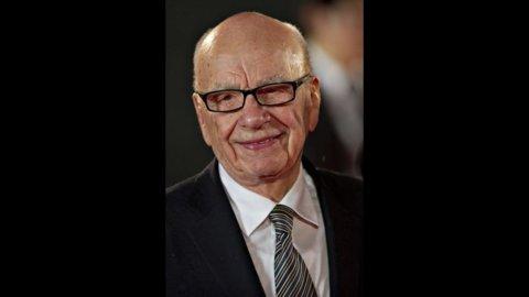 Lo scandalo delle intercettazioni fa tremare Murdoch che chiude il News of the World