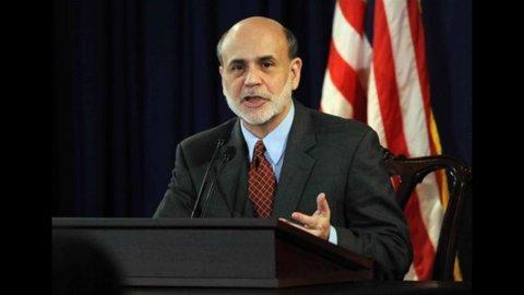 Fed, Bernanke: pronti a tagliare i tassi se l'economia zoppica
