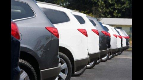 Auto: crollano le immatricolazioni in Italia, -20% rispetto ad agosto 2011