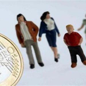 Istat, oltre 8 milioni di poveri in Italia nel 2010