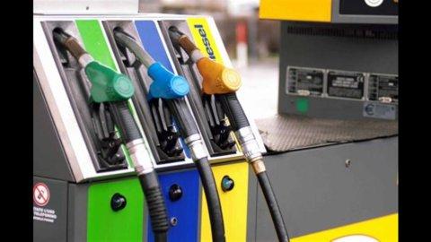 Benzina, i rialzi continuano e cresce la competizione