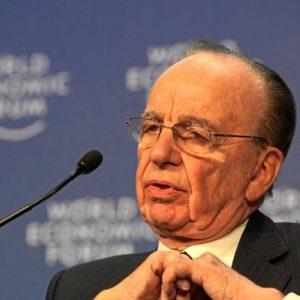 NewsCorp, Murdoch triplica gli utili