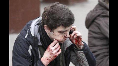 Oslo preda del terrorismo: una bomba e una sparatoria seminano la paura