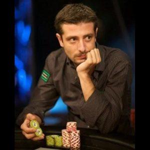 """Andrea Dato, uno tra i più forti giocatori italiani di poker, confessa: """"Il gioco è la mia vita"""""""